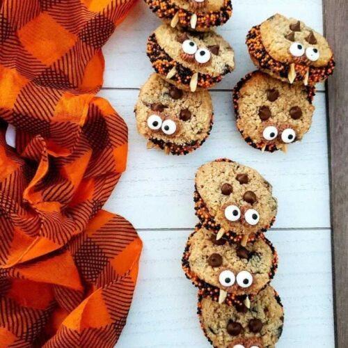 Halloween Chocolate chip cookie sandwiches