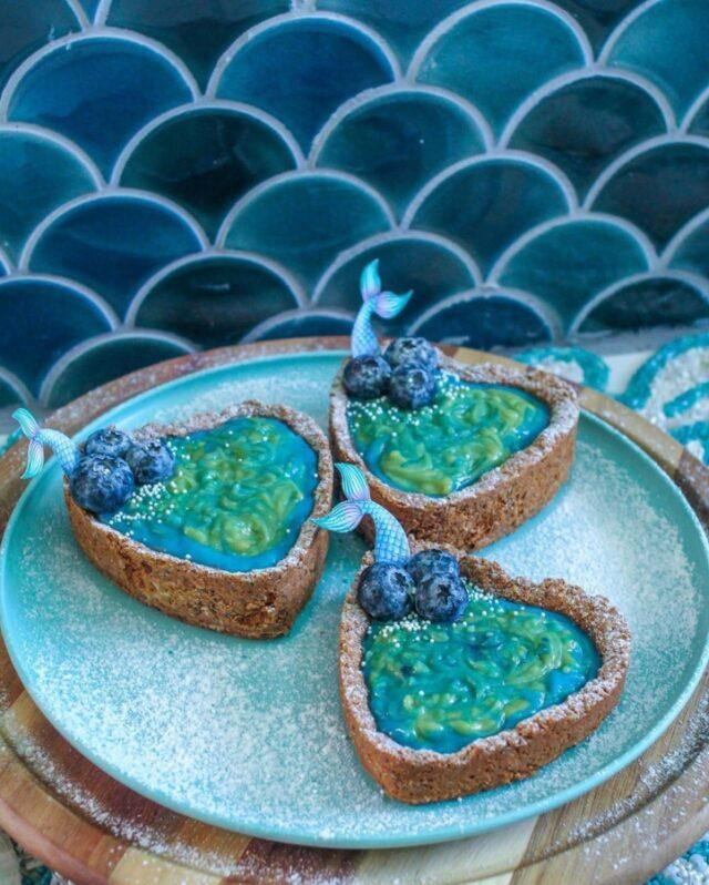 blue dessert