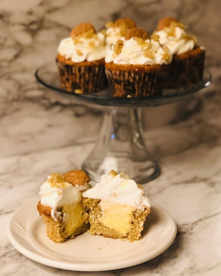 Pumpkin Cheesecake Cream Cupcakes with simply delish
