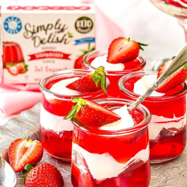 https://simplydelish.net/wp-content/uploads/2021/05/Strawberry-Gel-Cups-24-640x640.jpg