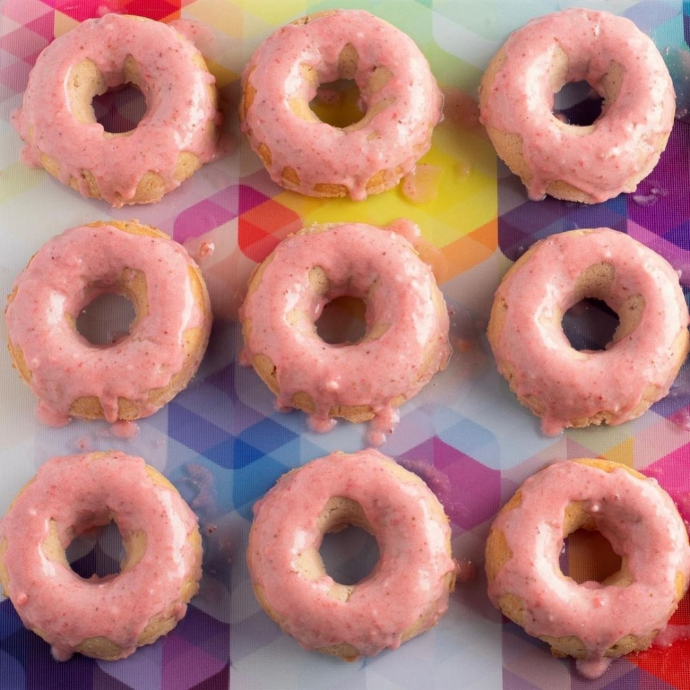 Low Carb Strawberry Donuts